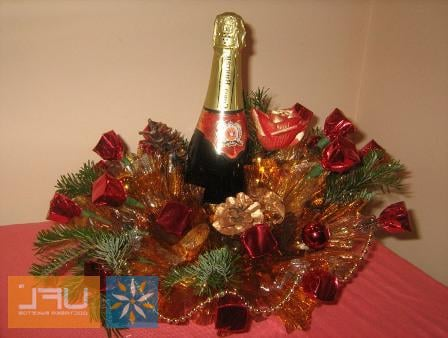 Bouquet New Year\'s champagne