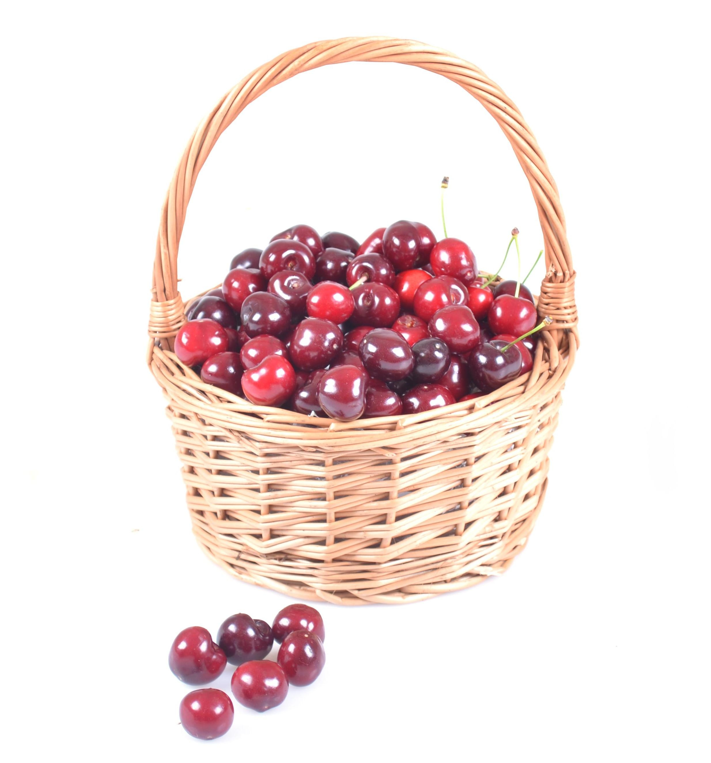 Product Sweet cherry in a basket!