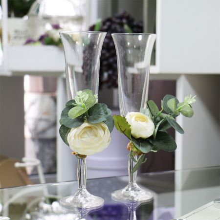 Product Glasses with floral decorations