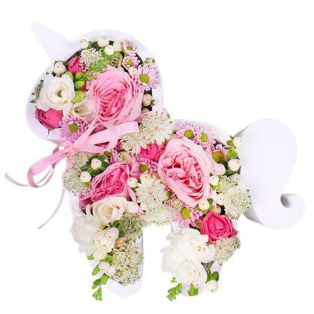 Bouquet Unicorn of flowers