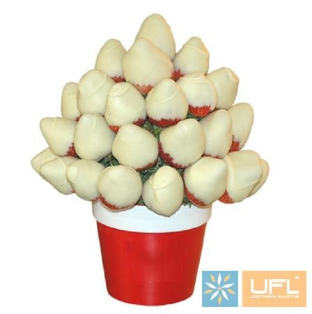 Product Strawberry in White Chocolate