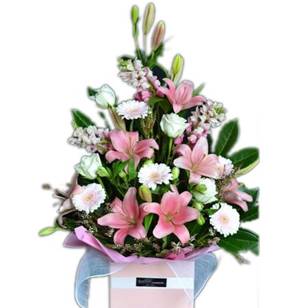 Bouquet New Baby Girl Gift Box