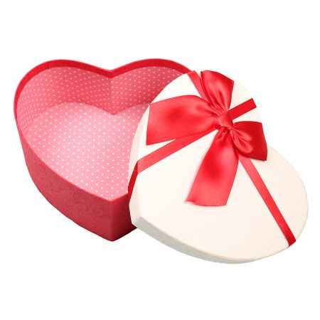 Product Коробка в форме сердца