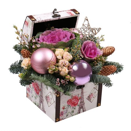Buy soulful arrangement New Year Chest with delivery