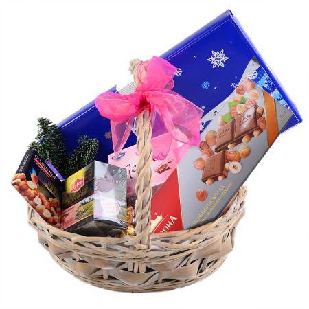 Product Christmas Basket - Sweet Gift