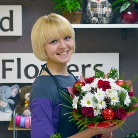 Christmas bouquet from florist Masha. Order and free delivery
