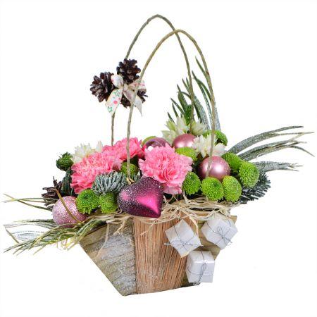 Bouquet Christmas basket