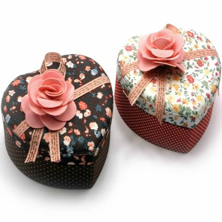 To buy a casket with fabric for jewelry ''Attractive novel''