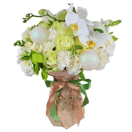 Winter bouquet of flowers