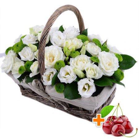 Bouquet Wedding basket + cherries